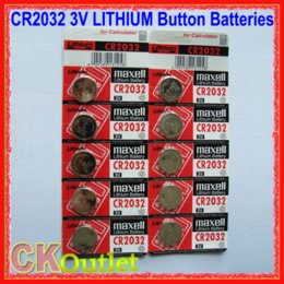 Wholesale 100 Original Maxell CR2032 V LITHIUM Button Battery Batteries PRODUCT OF JAPAN with Free Gift