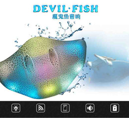 Wholesale Mini Bluetooth Devil Fish Ray Speaker Portable Wireless bluetooth Stingray Speaker with LED Light Support Micro USB Port TF SD Card DHL Free
