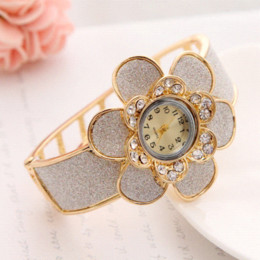 Brand New Women Rhinestone Watche Luxury Crystal Imitation Pearl The Flower Watch Women Ladies Fashion Dress Quartz Wristwatches