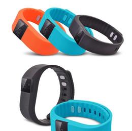 Promotion activité smartband tracker Vente en gros TW64 Fitness Activity Tracker Bluetooth 4.0 Smartband Sport Bracelet Band intelligent Sommeil Wristband podomètre Pour IOS Samsung Android