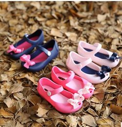 Wholesale 2016 Melissa Summer style Girls Sandals Mini Melissa kids shoes Cute Bow Children Bowtie Rubber Baby beach shoes Baby Girl s Gift