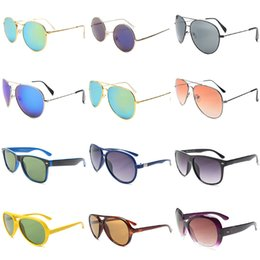 Wholesale Fashion Polarized Beach Sunglasses for Men Women Best Cheap PC Lens Sports Sunglasses UV400 Polarizing Sunglasses for Adults