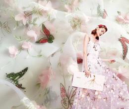 Cosiendo flores 3d en venta-2 Yard Ancho 140 cm de mariposa de la flor de organza 3D Tela chiffion del cordón del vestido de novia Ropa de costura de muñeca de DIY