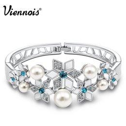 Wholesale-Newest Viennois Fashion Jewelry Platinum Plated Snowflake Woman Bracelets & Bangles Austrian Rhinestone Simulated Pearl