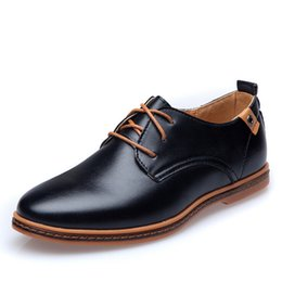 Hot Sale 2018 Men Shoes Fashion Genuine Leather Flats EU Style Sapatos Male Lace-Up Big Size Casual Men Oxfords Shoes Loafers