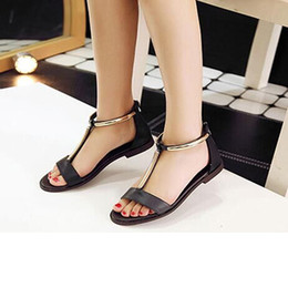 2016 fashion the new leather ladies flat sandals shoes with low tidal flat of Gladiator with all-match comfortable size shoes