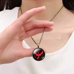 Wholesale Anime Poke GO Cos Team Valor Instinct Mystic Pendant Necklaces Antique Bronze Round Gemstone Cabochon Jewelry Novelty Christmas Gift