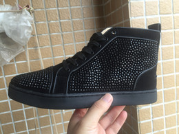 Wholesale new low rivets Fashion New Mens and Womens Fashion sneakers Casual Shoes Genuine Leather Spikes Round Shoes Luxury Flat Loafers louboutin
