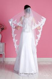 New Amazing For Wedding Dresses Fashion Designer Best Sale Cheap Romantic White Ivory Chapel Lace Applique veil Mantilla veil
