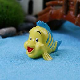 Cute artificial yellow fish ornaments fairy garden miniatures gnome moss terrarium decor resin crafts bonsai home decor for DIY Zakka