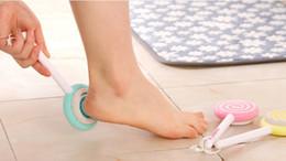 Wholesale Skin Foot Clean Scrubber Hard Skin Remover Scrub Pumice Stone Clean Foot Cute Lollipop Pedicure Foot File Scrubber color Random WA0119