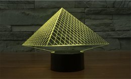 Wholesale Colorful D Pyramid Optical Illusion Lamp USB Acrylic Stereoscopic Design Light Gradient Novelty Atmosphere Night Light Pros Gift