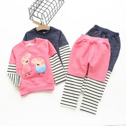 Wholesale 2016 Girls clothing sets Peppa patched striped long sleeve t shirts pant lovely children sets Autumn sports casual knitted clothing