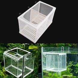 Wholesale Aquarium Soft Net Partitions Baby Fish Breeding Tank Guppy Breeder Nursery Trap Box Fish Hatchery Place