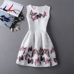 White Sleeveless Scoop Neck Womens Dresses with Butterfly Printed Fashion Zipper Empire A-Line Peplum for Ladies Dresses