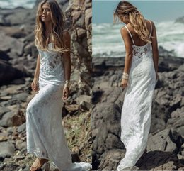 Wholesale Real Photos Bohemian Wedding Dresses Cheap Spaghetti Straps Spring Summer Bridal Gown Lace Backless Sheath Beach Wedding Gowns