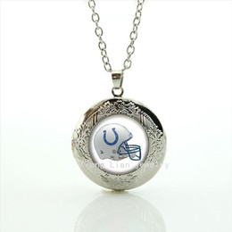 Wholesale New fashion American football picture locket necklace casual team Newest mix sport gift for mother s day NF122