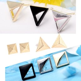 Wholesale European and American trade jewelry fashion big name high end square matte gold triangle earrings earrings