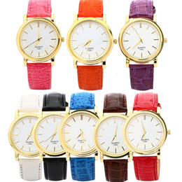 Fashion Luxury Watch For Woman Round Dial Solid Color PU Leather Band Dress Watch Brand New Analog Quartz Lady Watch
