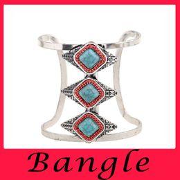 Wholesale European luxury retro chic beautiful Turquoise Bracelet shaped prismatic diamond jewelry jewelry bride Gift