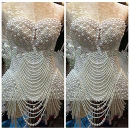 Promotion robe de conception de cristal courte 2017 nouveau design court mini robes de bal perles entières perlées cocktail femmes robes de soirée en ligne