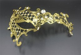 Party Mask Masquerade Masks Cat Face Masks Silver Gold Black 3 Colour Choose Venetian Masquerade Masks To Men For Wholesale Masks