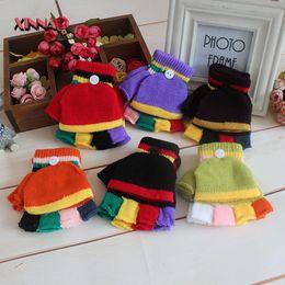 Nouveaux gants chauds d'hiver pour enfants Gants doux à rayures sans doigts Gants à demi-doigts tricotés Enfants Garçons Filles Gants Gants d'étudiant à partir de garçons doigt moufle fabricateur