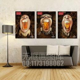 Wholesale Unique cartoon wall canvas painting funny man and beer wall pictures for bar decoration hot sales panels art