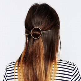 Hot Vente Mode Femmes Fille Bref Hollow ronde Cercle Clip Beauté Cheveux Barrette Tête Adorables Accessoires Cheveux DHF829 à partir de pinces à cheveux ronds fabricateur