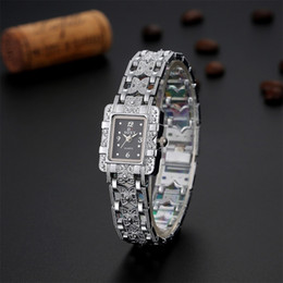 Fine New Style Explosion models female models silver alloy bracelet watch premium women's Girl watches2piece lot