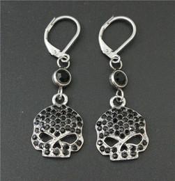 Cool Women 316L stainless steel biker jewelry ladies silver black biker skull earrings With Black Crystal Stones beautiful Biker Stud
