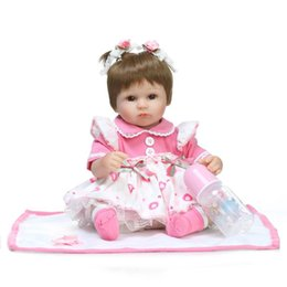 Wholesale Realistic Lifelike Baby Dolls for Girls Reborn Educational Toys for Christmas Gift American Girl Doll Toys Gift for Children Playmate Toys