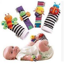 2017 chaussettes lamaze hochet Lamaze Sock bébé Rattle jouets pour bébé Lamaze poignet Rattle et Pied Chaussettes Peluche Toddler jouets pour bébés chaussettes lamaze hochet promotion