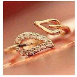 Wholesale 2016 new gold two anti drilling leaves retro Korean female couple rings jewelry influx of people