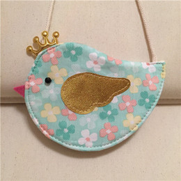 2016 New Korean Style Childrens Shoulder Bags New Arrival Girls Cartoon Bird Floral Cotton Fabric Casual Messenger Bags 2 Styles