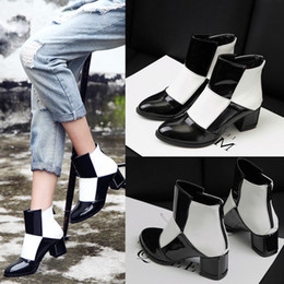 Wholesale British Style Martin Boots Simulation Skin Thick with Restoring Ancient Ways Round Head Short Boots Winter Fashion Ankle Boots