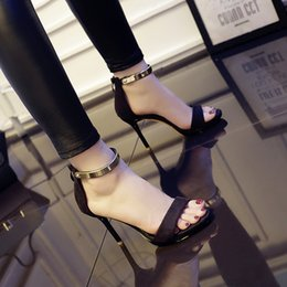 Real Photo! Hot Sell !!! 2016 summer new style word cingulate high-heeled sandals women sexy fine with waterproof shoes temperament wild Fre