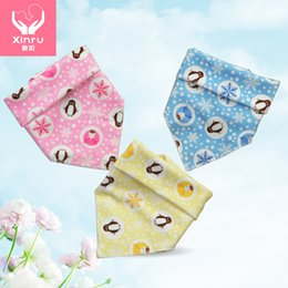 Wholesale bibs for babies triangle Velvet buckles triangular bandage Baby Feeding