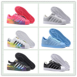 Wholesale Hot Sale Originals Superstar S DLX Pride Pack Sports Running Shoes Knit Men Women Skate Shoes Trainer Sneakers With Box Size US5