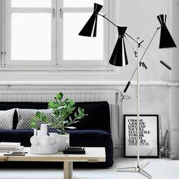 Wholesale VISDANFO delightfull DUK lamp Postmodern contracted individuality creative arts sitting room study villa original craft Floor Lamp