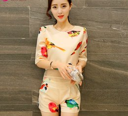 Wholesale The new summer in Europe and America tide two piece sleeve shorts leisure fashion printing small sweet wind set fair maiden wind