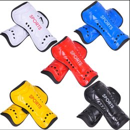 Wholesale Lowest Price Ultra Light Plate Soft Foam Football Shin Pads Soccer Leg Guards Sports Leg Protector For Child Adult
