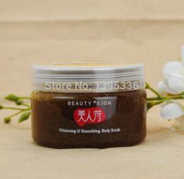 Wholesale Mei renfu Almond whitening Oil control Exfoliating to goose Body Scrub body care g oil control cosmetics