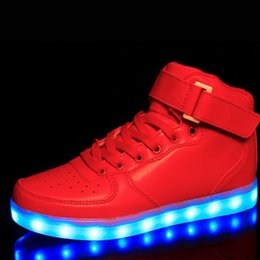 2016 LED Schuhe Light Up Women Men Shoes Casual Chaussures Lumineuse Basket Schoenen luminous Femme For Adults Couples