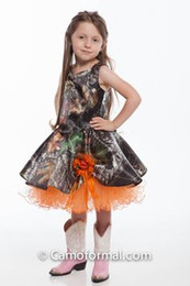 2016 Orange and Camo Flower Girls Dresses Knee Length Little Girl Dress Country Fahsion Girl's Pageant Gowns with Handmade Flower