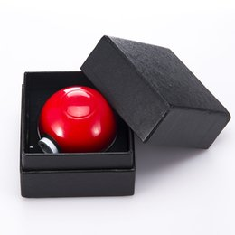 Wholesale Retail The Newest Parts Alien Bomb Grinder Ball Style quot Zinc Alloy Metal Grinders With Gift Box