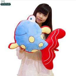 Wholesale Dorimytrader cm Lovely Stuffed Cartoon Goldfish Doll Soft Plush Lovely Big Fish Toy Colors Nice Kids Gift DY60980