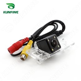 Wholesale CCD Track Car Rear View Camera For Mitsubishi Pajero American version Parking Assistance Camera with Track Line Night Vision KF V1132L