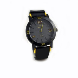Wholesale V6 Watches Super Speed Watch Large Digital Sports Silicone Watchband Stainless Steel Back Round Shape Dial Fashion Simple Wristwatches