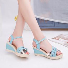 HOT new summer sweet Korean buckle waterproof high-heeled fish head Roman printed wedge sandals